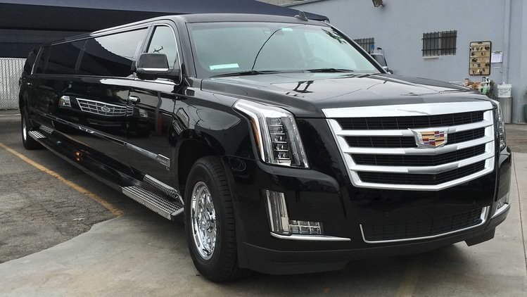 UNIQ Escalade Limo Black