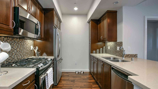 UNIQ 2 Bdr Luxury Condo | Bel Air