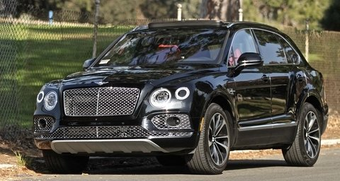 Bentley Bentayga Black & Red
