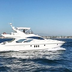 Day on the water - is always a good idea! Book our 60 UNIQ Azimut Yacht which comfortably accommodates up to 12 guests on board. + 1 (310) 584-7777 info@uniq.la UNIQ.LA (link in a bio)
