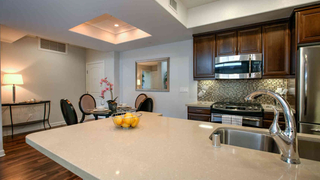 UNIQ 1 Bdr Luxury Condo | Bel Air