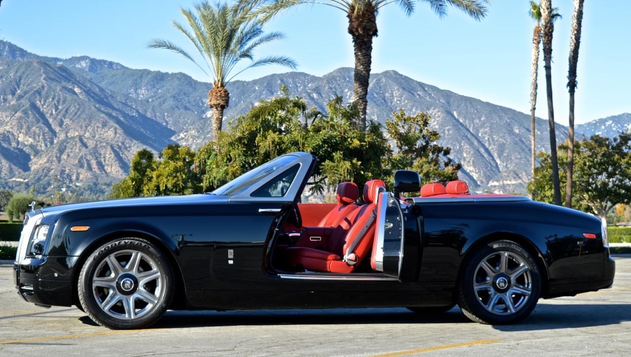 Rolls Royce 2-Door Convertible Black u0026 Red & Rolls Royce 2-Door Convertible Black u0026 Red - Exotic cars - UNIQ Los ...